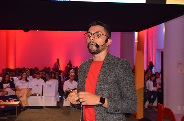 Levy Abreu palestrou sobre Educação Financeira na 7ª edição do Top Seller Event