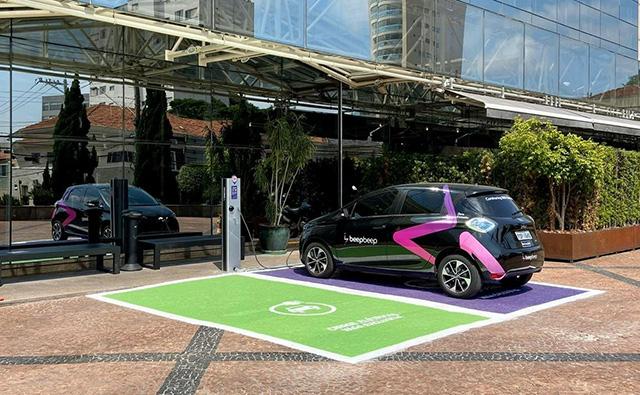 Pullman São Paulo Ibirapuera disponibiliza carregador gratuito para carros elétricos