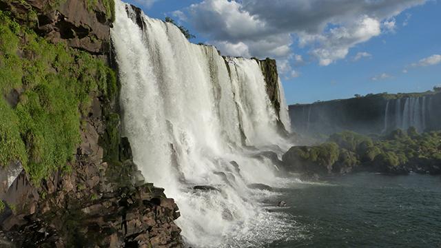 Foz do Iguaçu inicia certificação das atividades turísticas que cumprem protocolos sanitários