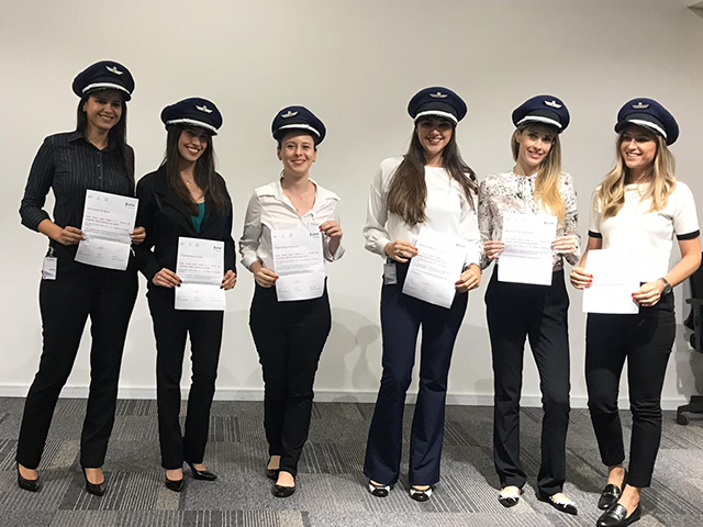 Latam Airlines Brasil contrata grupo de seis copilotas