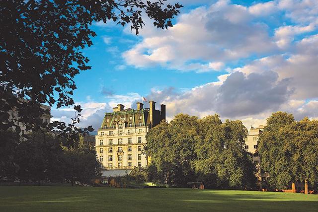 Ritz London (Reino Unido) é vendido para investidor privado do Catar