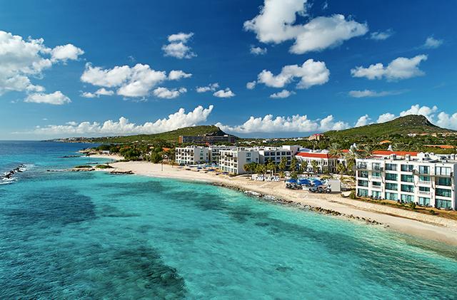 Curaçao Marriott Beach Resort reabre após reforma de 40 milhões de dólares