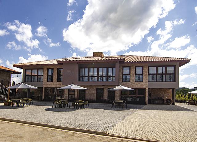 Hotel e Vinícola Família Davo entrou em operação em Ribeirão Branco (SP)