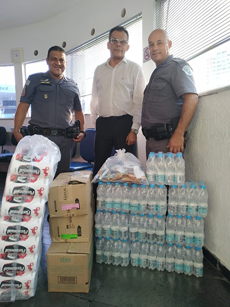 WZ Hotel Jardins (SP) faz doação de água e itens de higiene