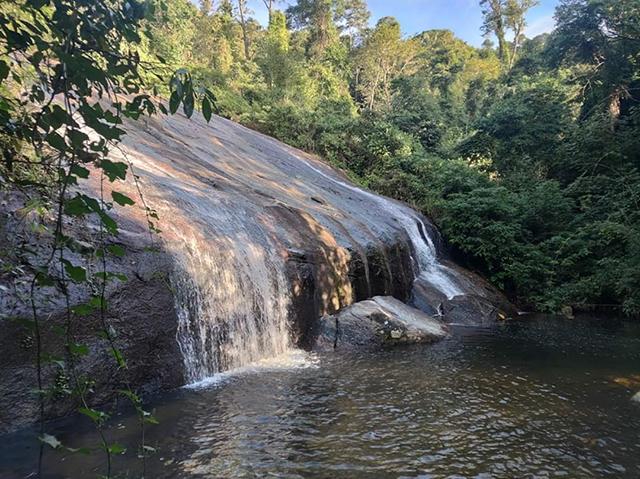Ilhabela (SP) faz obras nas trilhas para cachoeiras e praias
