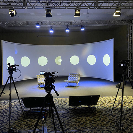 Grand Hotel Rayon apresenta tecnologia de ponta para eventos híbridos em Curitiba (PR)