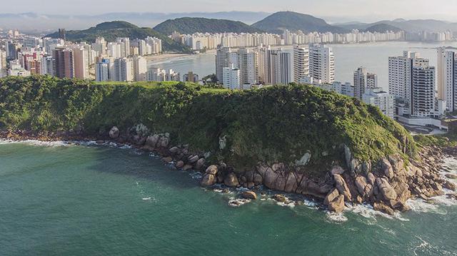 Delphin Hotel, no Guarujá (SP), retoma operações