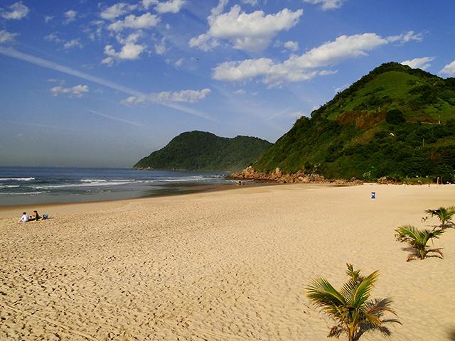 Maioria dos hotéis de Guarujá (SP) retomou às atividades