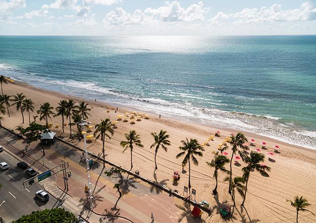 Recife autoriza banho de mar a partir de amanhã