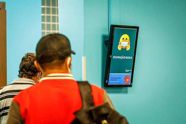 Aeroporto de Salvador evita lotação nos banheiros