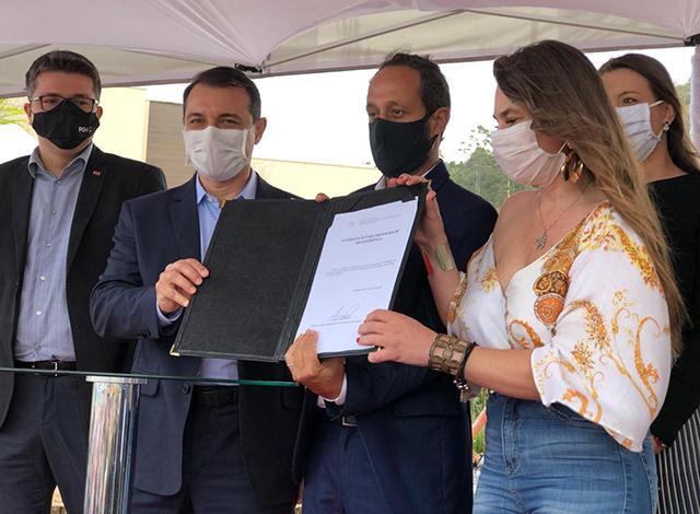 Bombinhas (SC) receberá R$1,9 milhão para trapiche e criação de caminho turístico