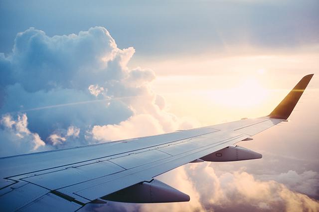 Demanda por voos domésticos cai 44,7% em outubro