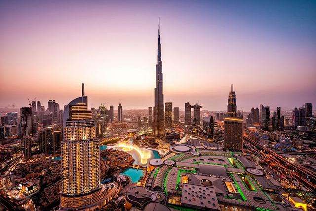 Emirates aumenta a conveniência para clientes com longas escalas em Dubai