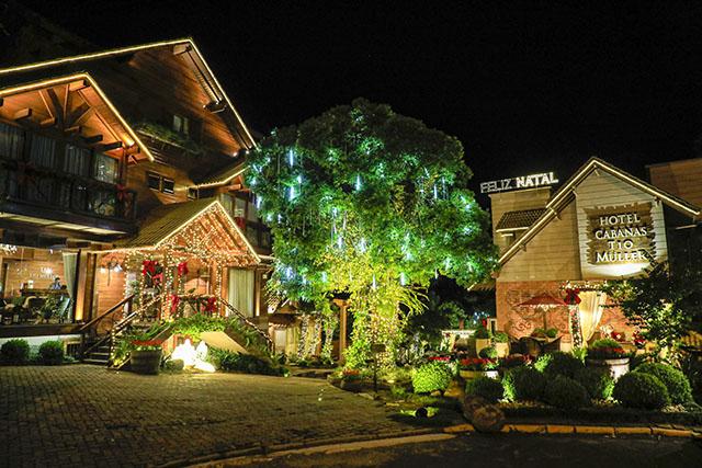Hotel Cabanas Tio Müller vence concurso de decoração do 35º Natal Luz