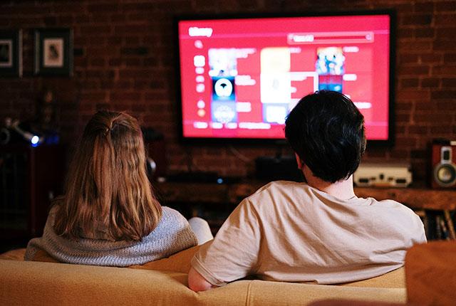 IPTV oferece canais personalizados e muito entretenimento aos hóspedes