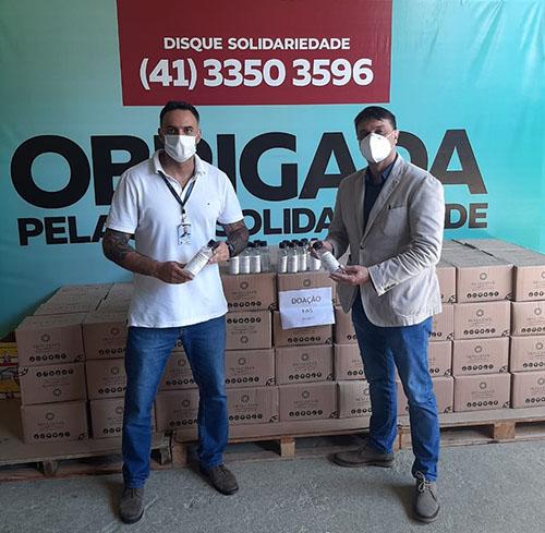Realgem´s doa álcool em gel para pessoas em situação de rua de Curitiba