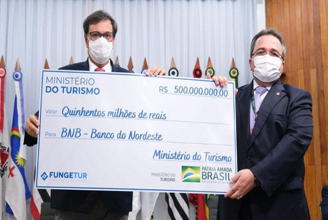 Ministério do Turismo liberou R$ 500 milhões para o FUNGETUR