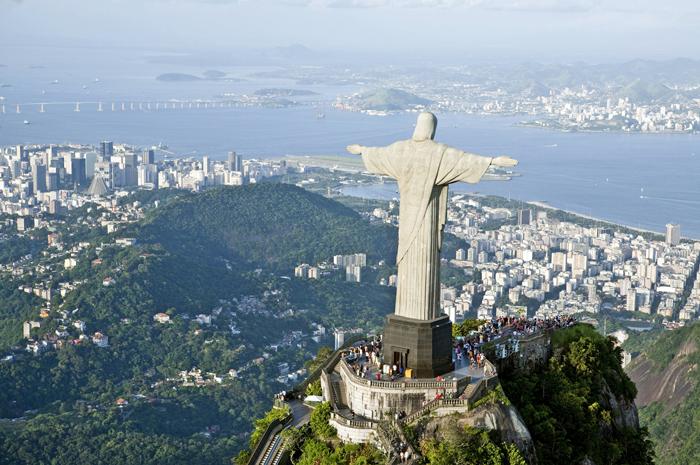 Hotéis Rio divulga balanço da hotelaria carioca após um ano da pandemia