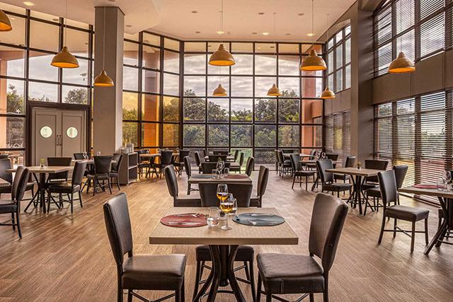 Hotel Jurerê Beach Village abre restaurante de frutos do mar