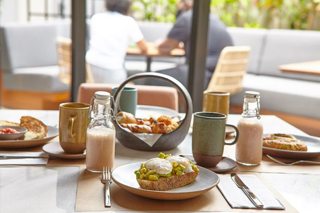 Restaurante Stella, do Hotel Canopy by Hilton, lança menu para Brunch
