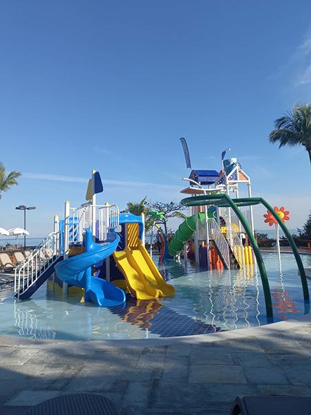 Beach Hotel Maresias ganha nova piscina infantil com playground