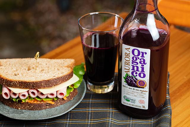 Marca de suco de uva integral mais vendida do Brasil lança produto orgânico