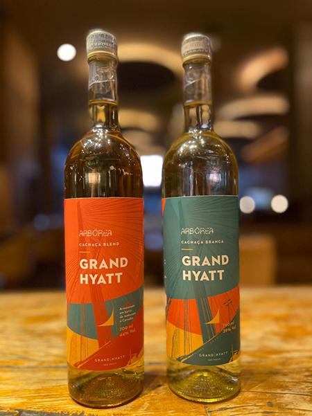 Grand Hyatt SP lança menu de coquetéis assinado por Gustavo Romulo