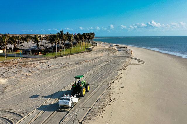 Hotéis de Fortim (CE) investem em higienização e sanitização das praias
