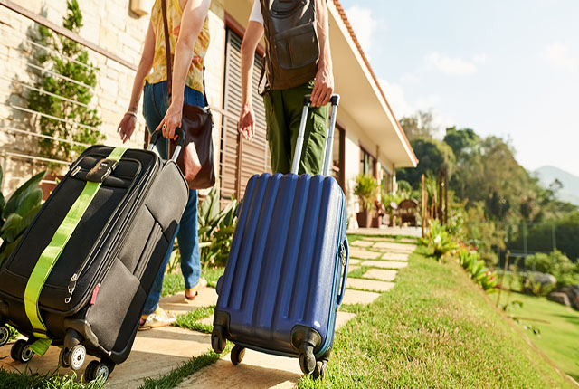 Brasileiros voltam a gastar com hotéis e viagens, aponta pesquisa do Itaú
