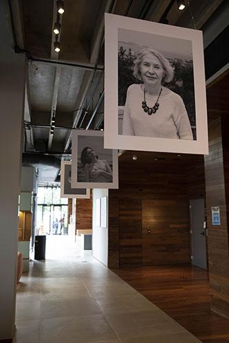 Hotel Canopy recebe exposição fotográfica 'De Peito Aberto', em outubro